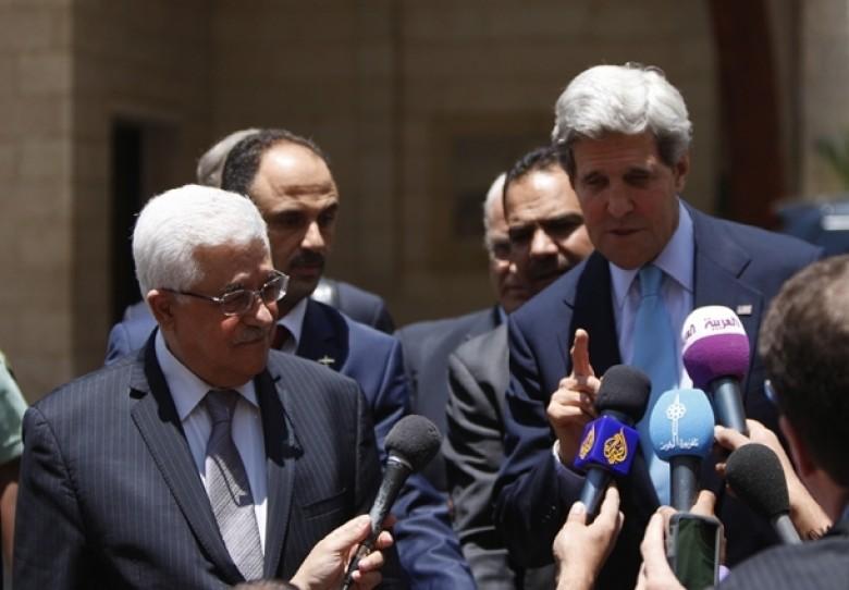 خلاف فلسطيني - فلسطيني يهدد مهمة الوزير كيري!