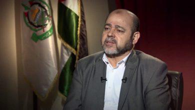 أبو مرزوق يستنكر إعادة بث عدد من وسائل الإعلام المصرية أخبار دعم حماس لمرسي عسكريا