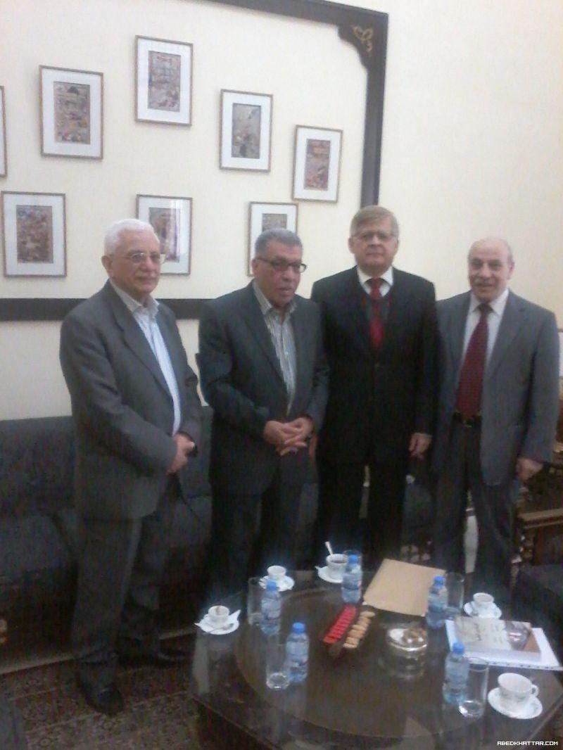 الجبهة الديمقراطية تلتقي السفير الروسي في بيروت ألكسندر زاسبكين