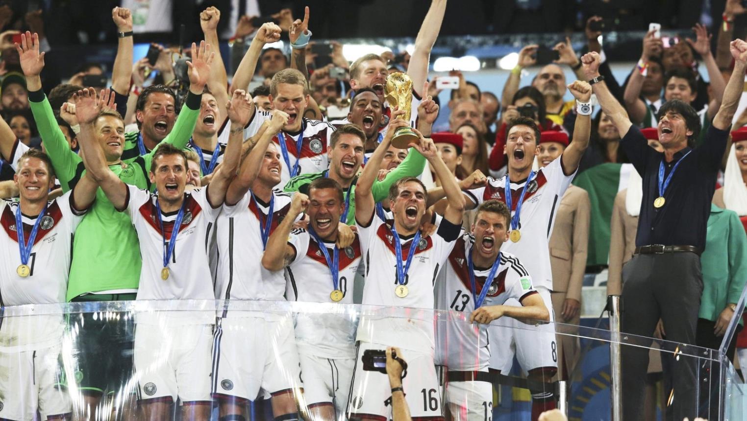 ألمانيا تتصدر عالميا والجزائر عربيا في تصنيف الفيفا