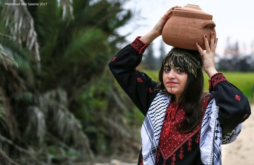 مصور فلسطيني يجسد التراث بعدسته