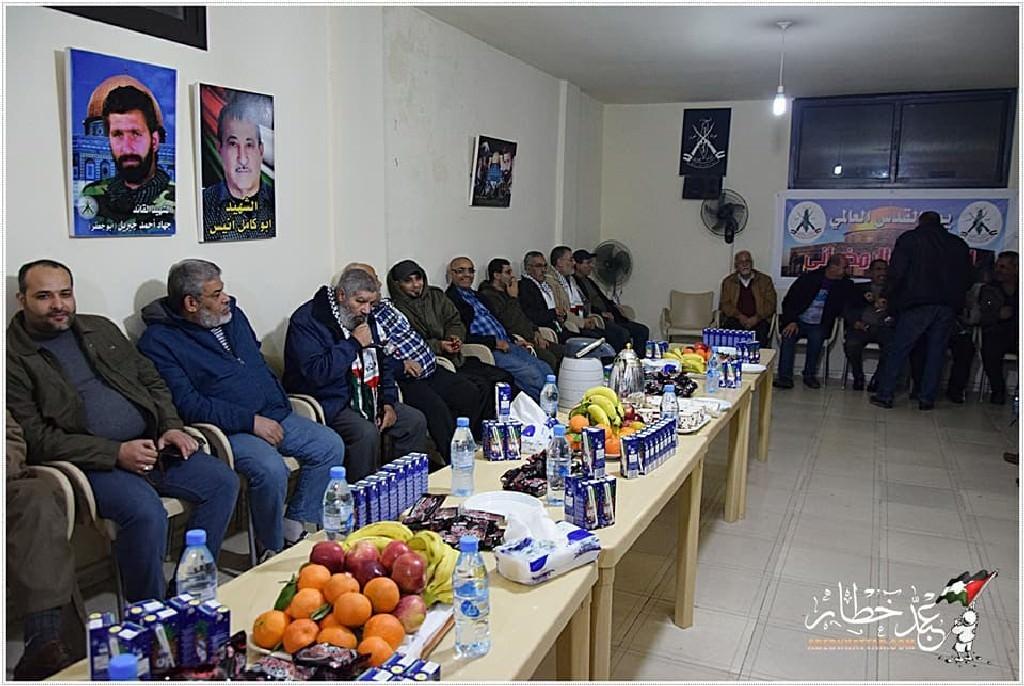 القيادة العامة تكرم الإعلاميين في مخيم البداوي