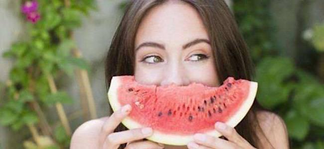 فوائد صحية تجعل البطيخ فاكهتك المفضلة