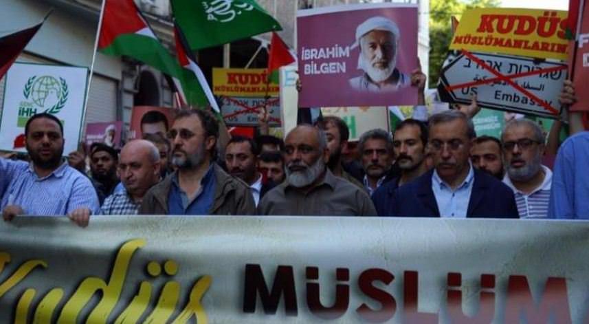 مسيرة بإسطنبول بذكرى الاعتداء الصهيوني على مافي مرمرة