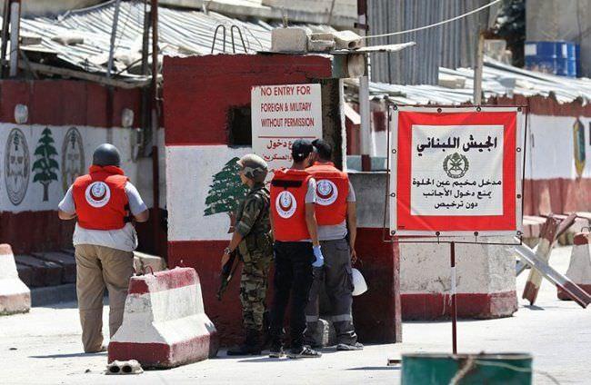 أزمة متدحرجة في مخيم عين الحلوة بسبب البوابات الإلكترونية