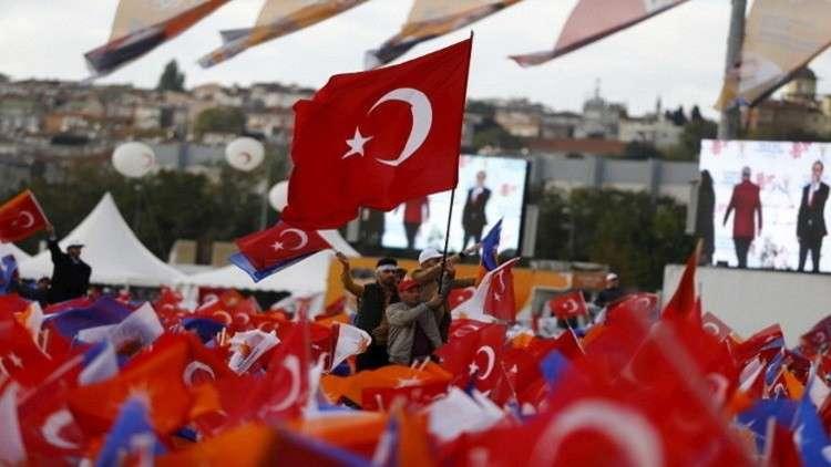 اللاجئون السوريون مادة دسمة في حملة الانتخابات الرئاسية في تركيا