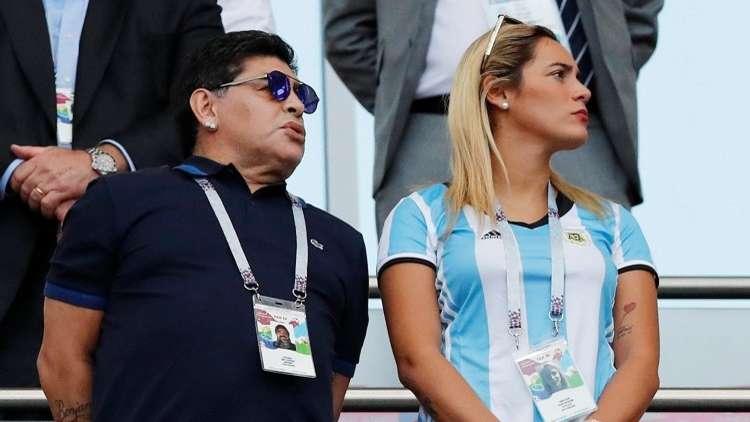 مارادونا يتلقى ضربة موجعة من الفيفا