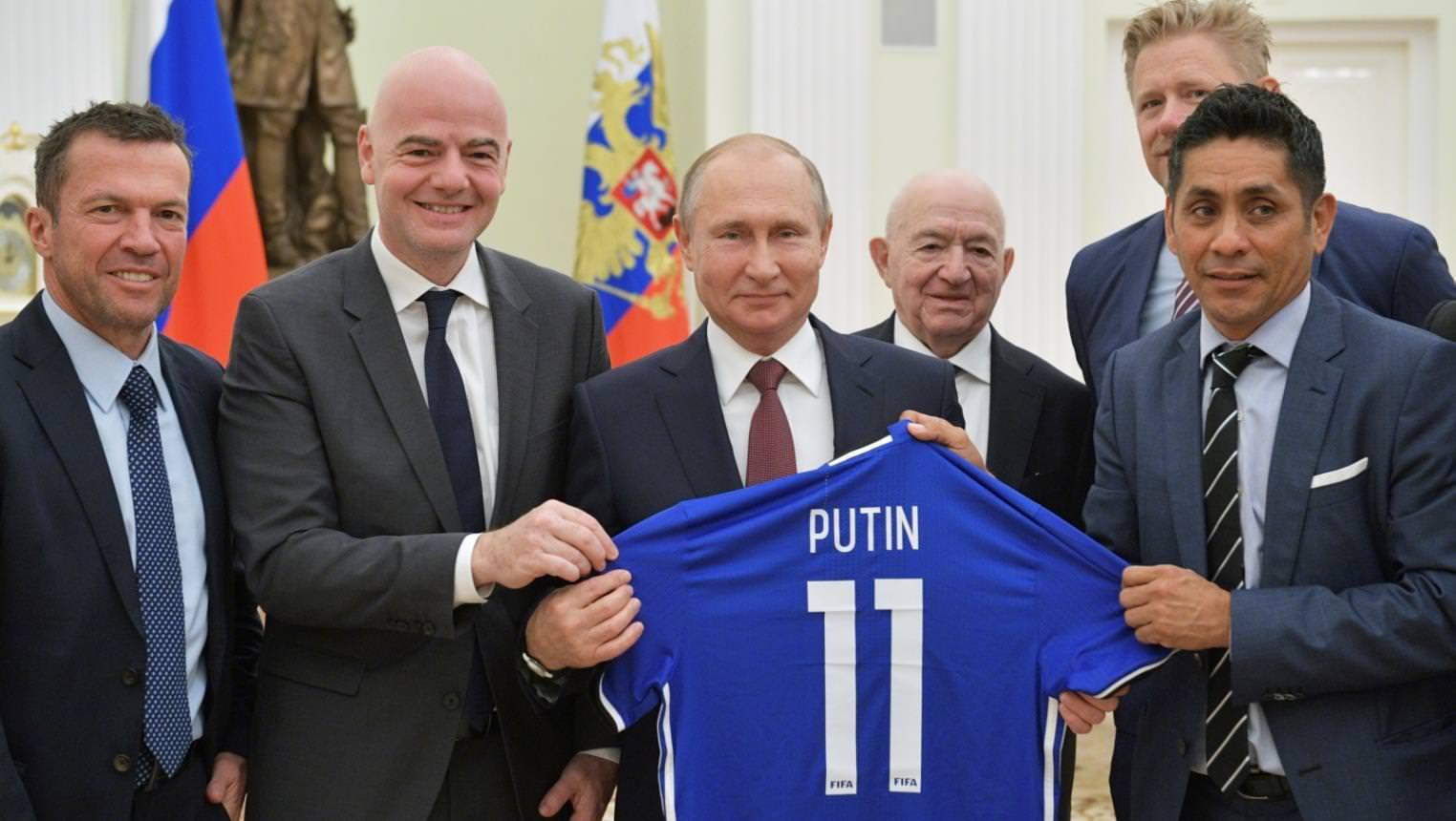 بوتين سعيد.. كيف استفادت روسيا من المونديال؟