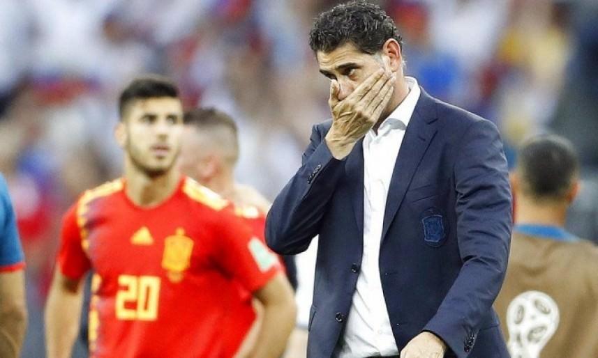 الاتحاد الأسباني يطرد مدرب منتخبه بعد إخفاقه في كأس العالم