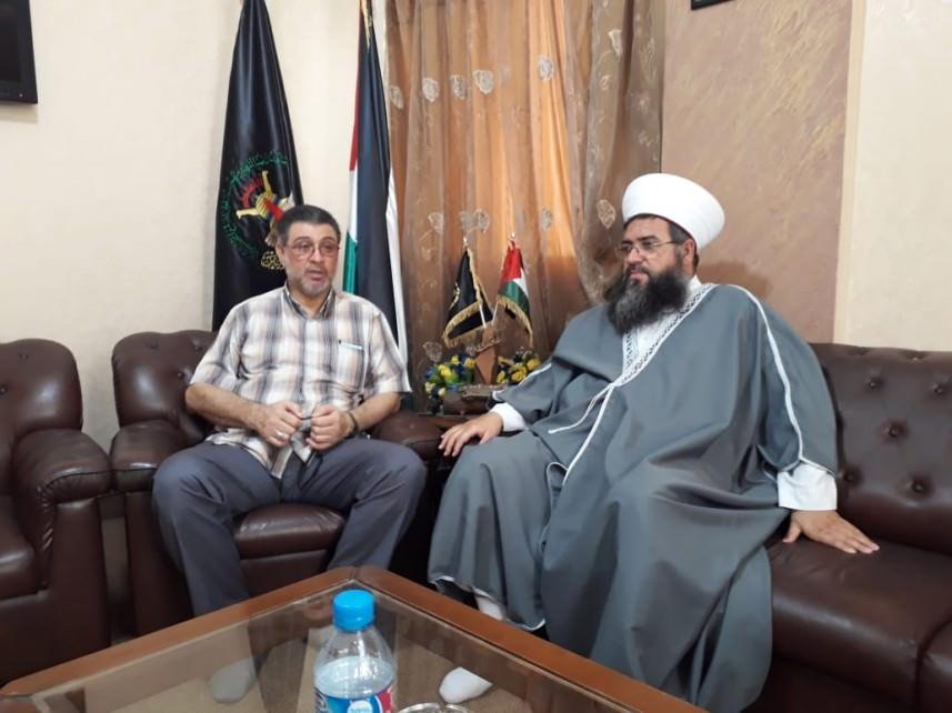 الجهاد تلتقي الشيخ العيلاني في صيدا    للحفاظ على أمن المخيمات والجوار