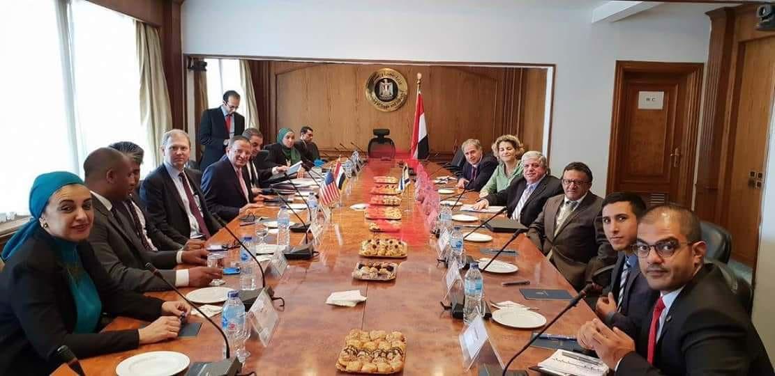 وفد اقتصادي صهيوني رفيع المستوى يزور مصر