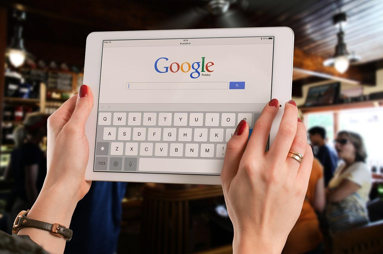 تعرف على سياسات غوغل الجديدة.. حظر تطبيقات ومنتجات