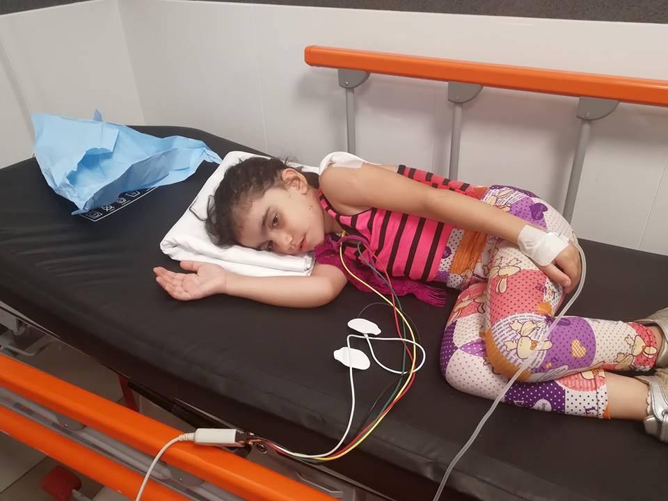 رصاصة طائشة تخترق جسد طفلة في مخيم شاتيلا