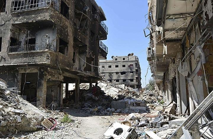 النظام يواصل منع انتشال الجثث من تحت أنقاض الأبنية في مخيم اليرموك