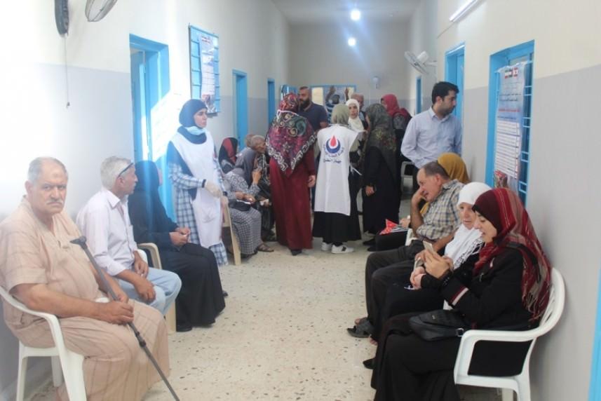 يوم صحي للأطباء الإيرانيين في مخيم البص
