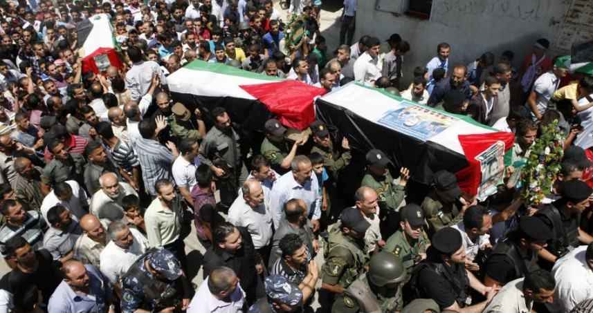 تشييع حاشد لشهيدي جمعة ثوار من أجل القدس والأقصى بدير البلح ورفح