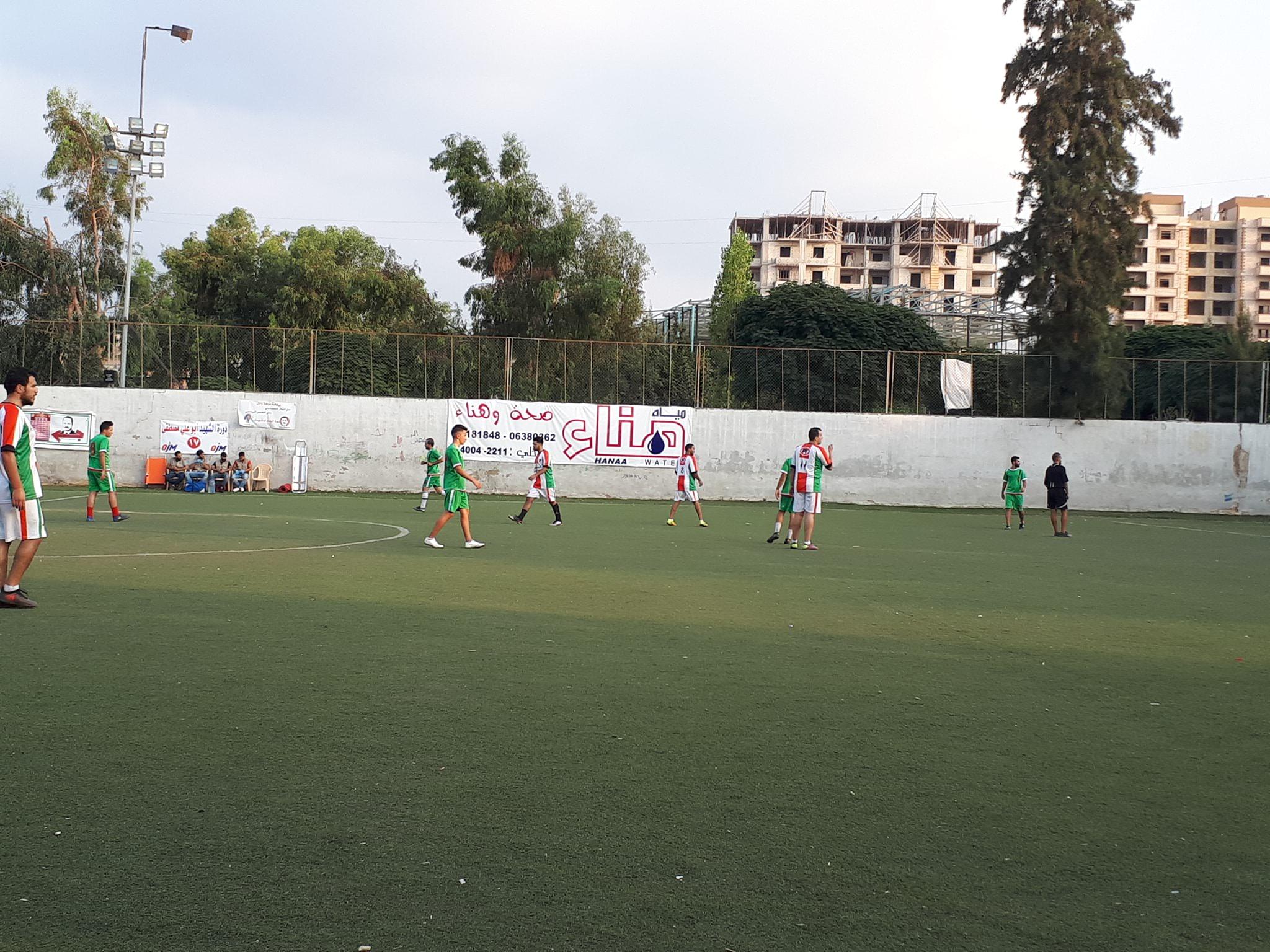 تعادل نادي الخليل مع نادي فلسطين ليتأهل الفريقين الى الدور الثاني في مخيم البداوي