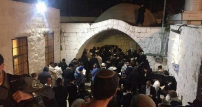 إصابتان برصاص العدو في مواجهات ليلية خلال اقتحام قبر يوسف