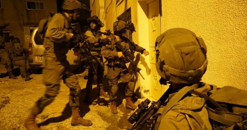 العدو يهدد عائلة المطارد البرغوثي بالإبعاد إلى أريحا