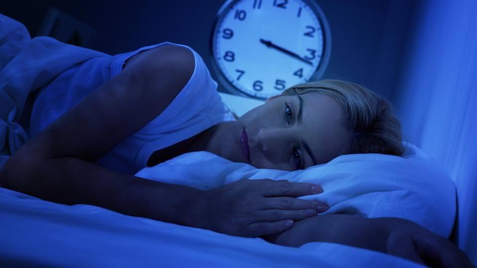 احذروا النوم أقل من 6 ساعات .. القلب في خطر
