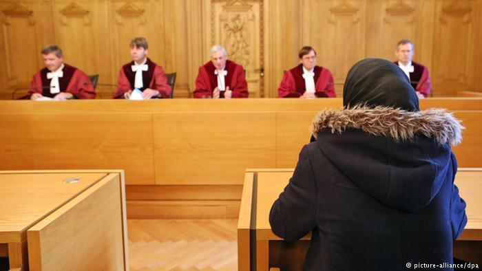 المحجبات في ألمانيا || بين التسامح والعنصرية