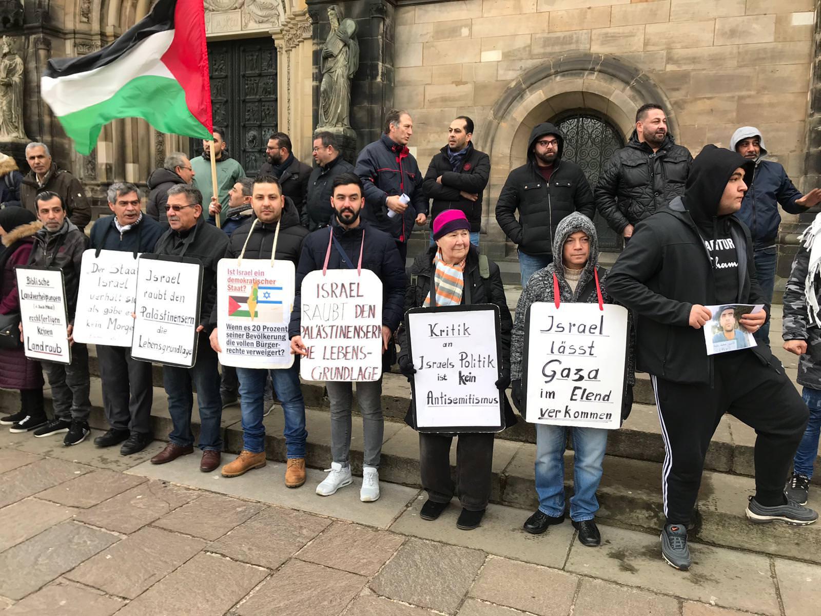 الجالية الفلسطينية وقوى يساريه المانيه تتضامن مع الاسرى في مدينة بريمن