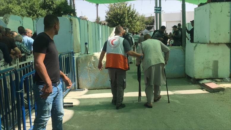 هكذا زحف فلسطينو الضفة إلى الأقصى في الجمعة الثانية برمضان