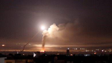 الدفاعات السورية تتصدى لأجسام مجهولة في سماء القنيطرة