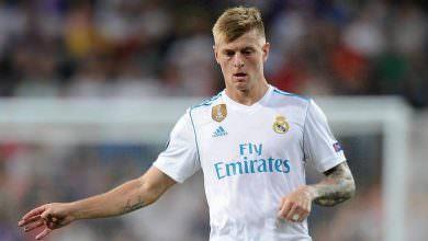 ريال مدريد يمدد عقد نجمه الألماني كروس