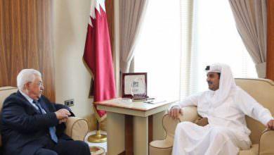 عباس يبحث مع أمير قطر الأوضاع المالية للسلطة