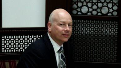 غرينبلات يدعو إلى حل الأونروا ونقل خدماتها للحكومات المستضيفة