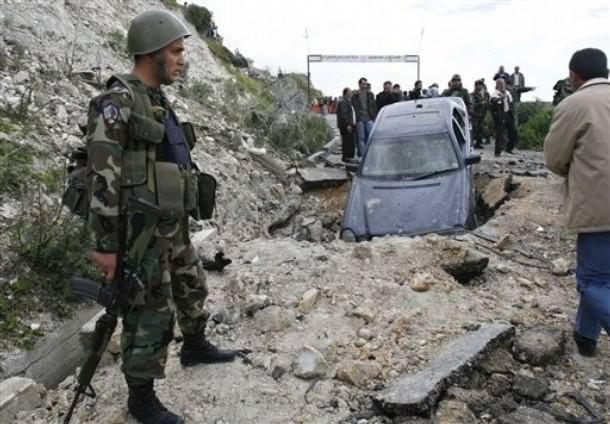 اغتيال اللواء كمال مدحت في مخيم المية ومية || صور