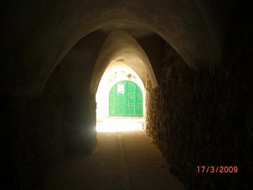 صور من البلدة القديمة للخليل وللحرم