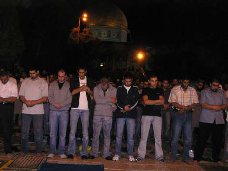 المسجد الأقصى المبارك في رمضان