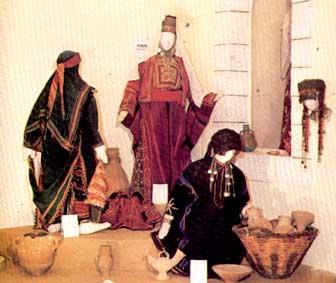 اللباس الفلسطيني .. تراثنا لن ننساه