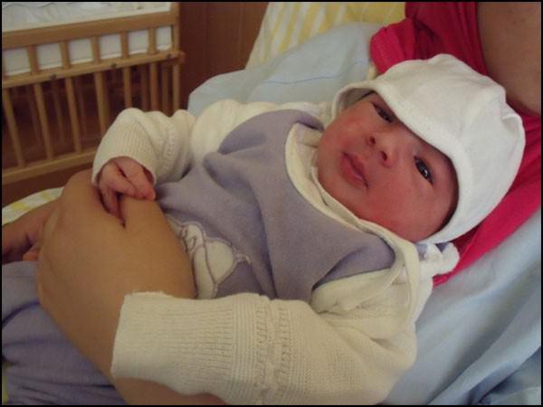 الف مبروك المولودة الجديدة رحمة نادر زيد - المانيا