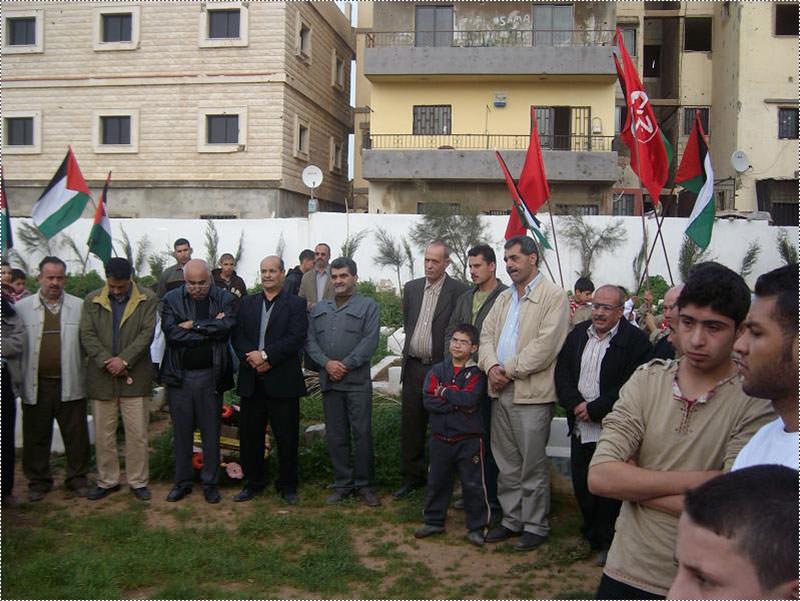 مسيرة في مخيم نهر البارد للجبهة الشعبية بمناسبة يوم الشهيد