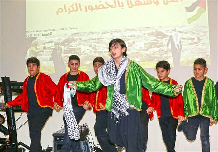 أجيال فلسطينية في برلين تحيي ذاكرة قرية لوبية المدمرة