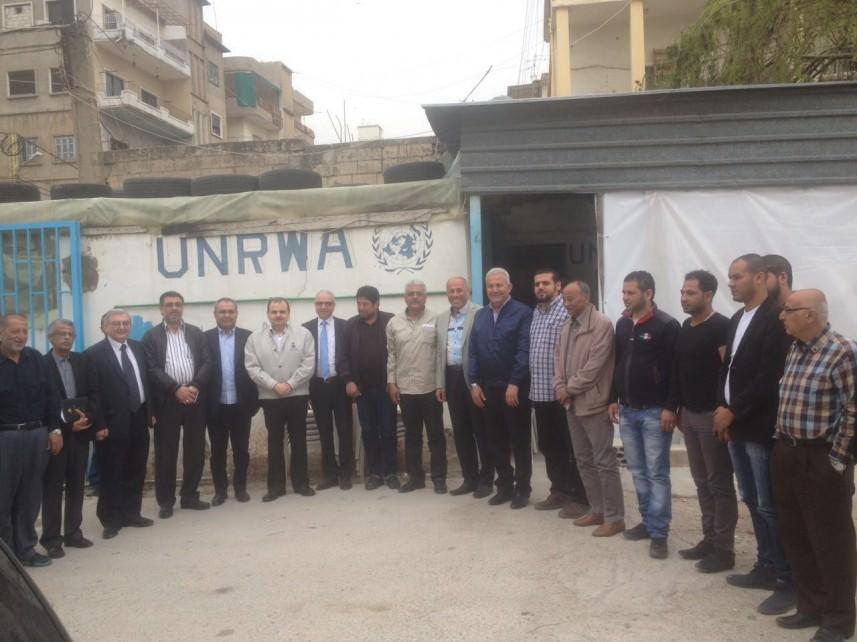 وفد من رابطة الأطباء اللبنانيين من خيمة الاعتصام في صيدا
