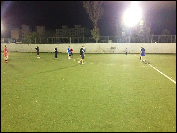 مباراة كرة قدم لمجموعة جنين الكشفية في مخيم البداوي