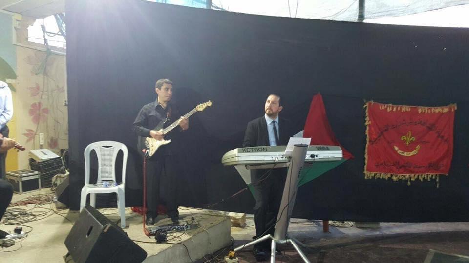 فرقة عشاق الاقصى تحيي حفلاً فنيّاً بمناسبة يوم الارض في مخيم البداوي