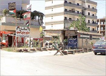 إجراءات في مخيم البداوي لمنع عودة فتح الإسلام