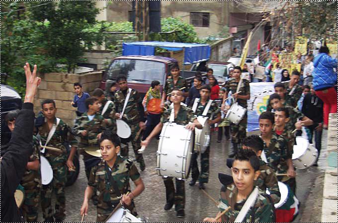 مسيرة حاشدة في البرج الشمالي في ذكرى أبو عمار