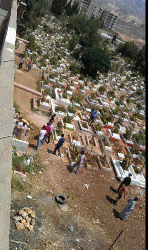 أهالي مخيم البداوي يقرعون ناقوس أزمة القبور
