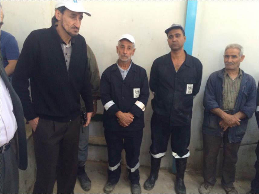تكريم عمال الصحة البيئية في مخيم عين الحلوة