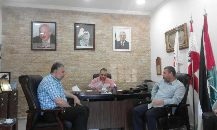 لجنة المجتمع المحلي في عين الحلوة تلتقي مدير مشفى الهمشري