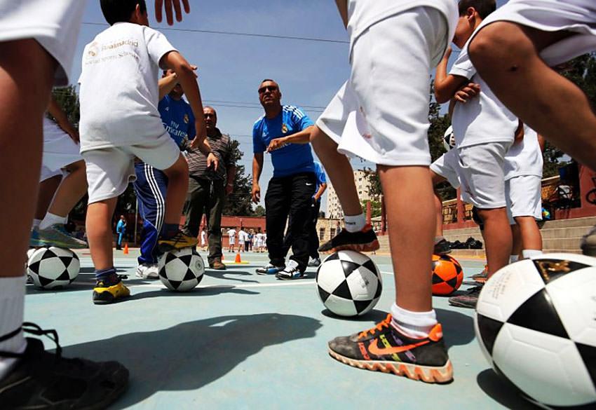 ورشة تدريبية لفريق ريال مدريد في مخيمات اللاجئين الفلسطينيين