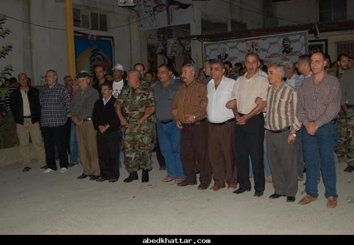 مسيرات لحركة فتح ووضع اكاليل على اضرحة الشهداء في البداوي والبارد وطرابلس