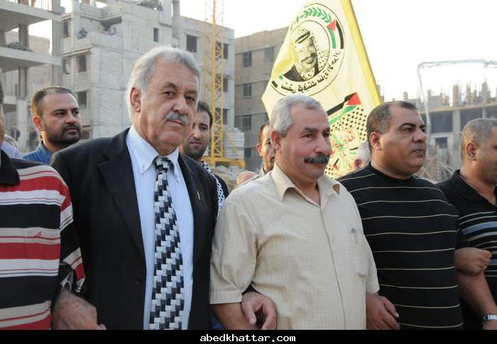 وضع اكاليل على اضرحة الشهداء في مخيم البارد في الذكرى السادسة لاستشهاد ابو عمار