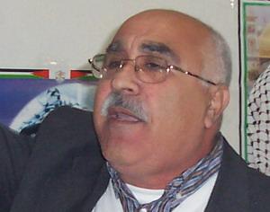 إعتصام فلسطيني في البداوي ومذكرة الى موسى لوقف العدوان
